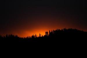 firey morning sunrise - coeurdalene lake, idaho